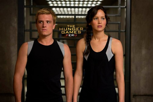 The Hunger Games: Catching Fire Movie Review - Epic In Scope, Action, And Emotion