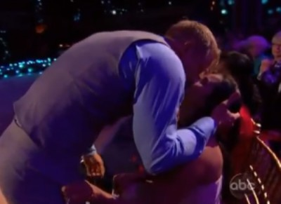 Sean Lowe Kisses Catherine Giudici To Make Up For Flirting With Petra Murgatroyd (Video) 0409
