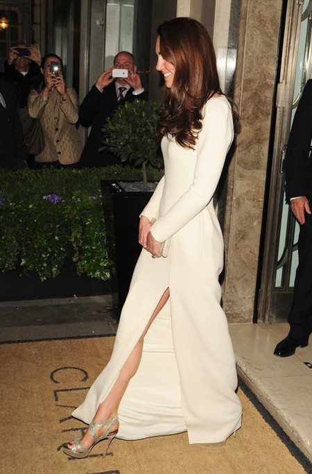 Kate Middleton Does An Angelina Jolie