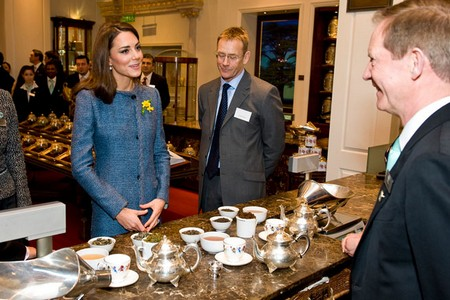 Kate Middleton Caught While Out On A Shopping Spree (Photo)