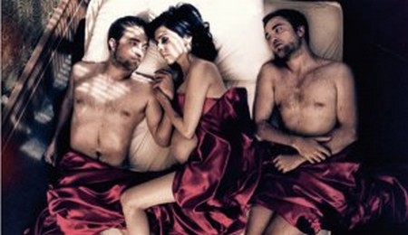 New Photos Reveal Robert Pattinson In Bed With Another Woman