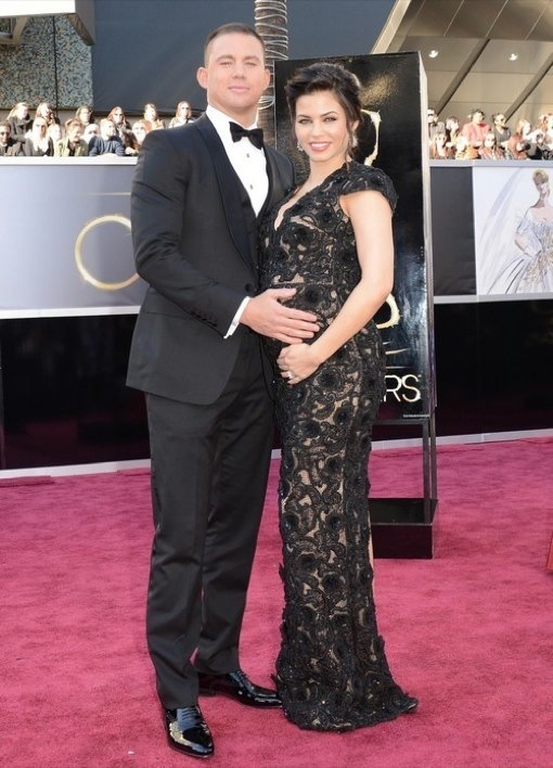 Channing Tatum Affectionately Cups Jenna Dewan's Baby Bump On Oscars Red Carpet (PHOTOS)
