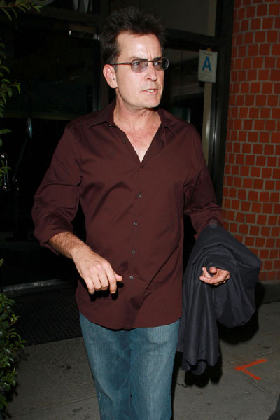 Charlie Sheen tests Positive for Cocaine... Again!