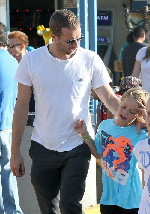 Jennifer Lawrence Furious Gwyneth Paltrow Makes Chris Martin Jealous With Brad Falchuk Romance: Gwyn Wants Chris Back?