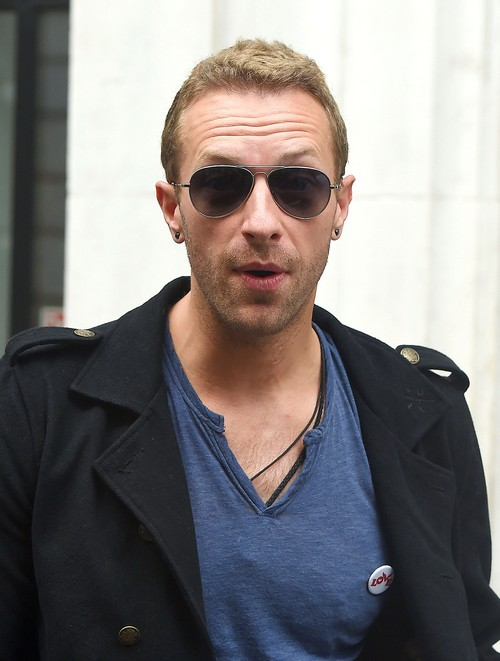 Chris Martin Takes Jennifer Lawrence On Tour With Coldplay