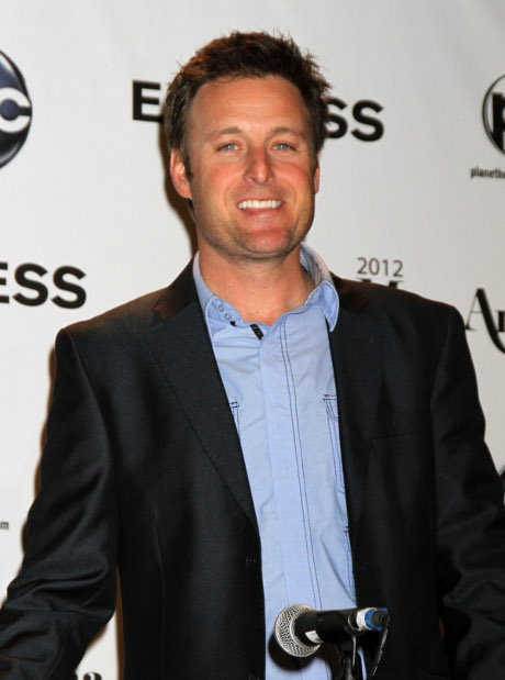 Justin Bieber's Mom Pattie Mallette Gets Her Flirt on With The Bachelor Host Chris Harrison!