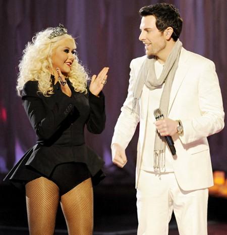 Chris Mann & Christina Aguilera The Voice 'Song Name' Performance Video 5/7/12