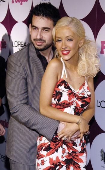 Christina Aguilera Files For Divorce