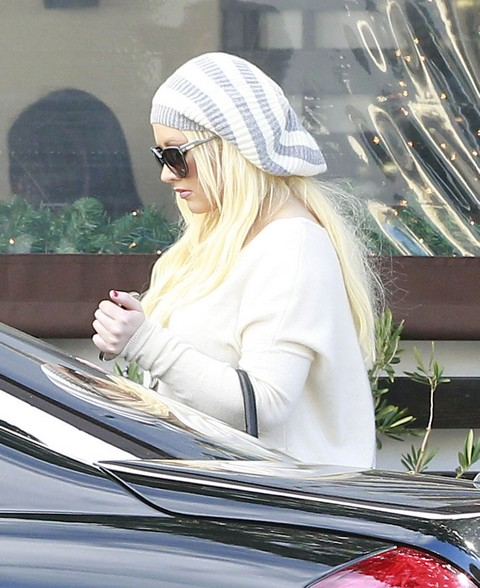 Christina Aguilera Raging Diva – Insists Nobody Touch Her Junk In The Trunk