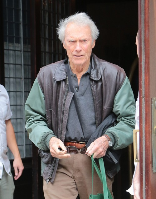 Clint eastwood to marry christina sandera elope with much younger