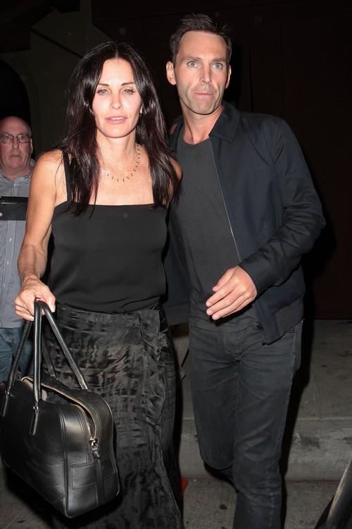 Jennifer Aniston Disses Courteney Cox's Excessive Plastic Surgery and Botox Binge (PHOTOS)