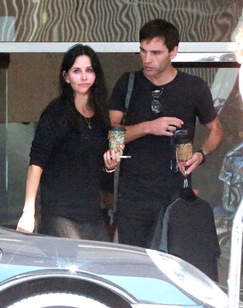 Courteney Cox Pregnant - Trying IVF With Johnny McDaid - Caught Leaving Doctor's Office? (PHOTOS)