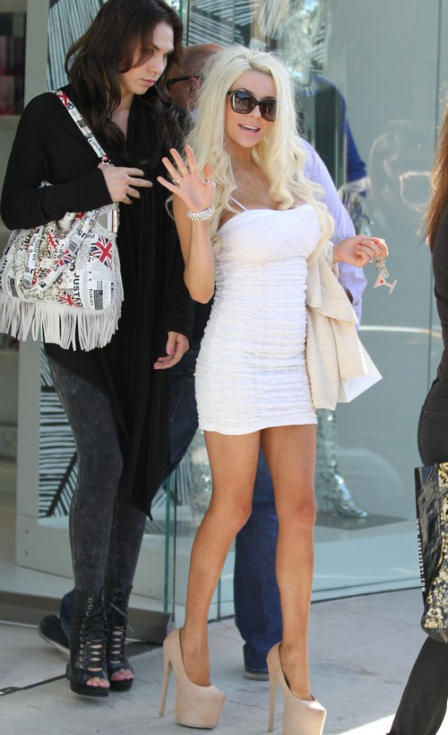 Courtney Stodden Forces Husband Doug Hutchison To Move Out So She Can Pursue Single Life
