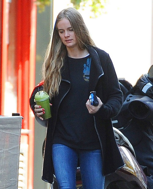 Cressida Bonas Parties With Princess Beatrice and Eugenie - Wants Prince Harry Back