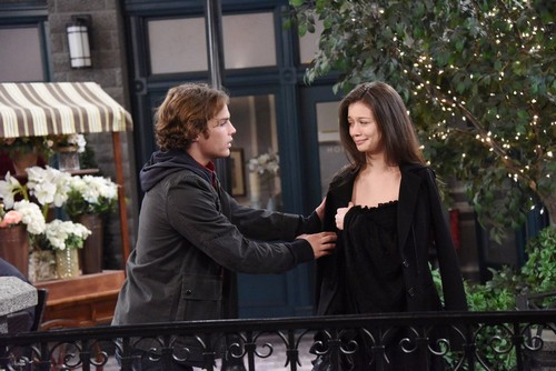 Days of Our Lives Spoilers: Jade Medical Crisis - Desperate to Win Back Joey, Tripp Blackmail Plot Forms