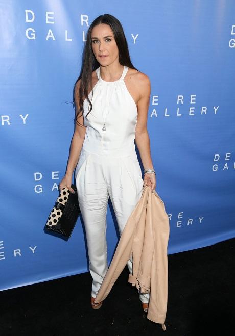Kristen Stewart Done With Robert Pattinson Drama, Going After Demi Moore's Boyfriend Sean Friday?