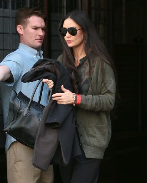 Demi Moore Offers to Babysit Mila Kunis and Ashton Kutcher's Daughter, Wyatt Isabelle Kutcher - Mila Freaks!