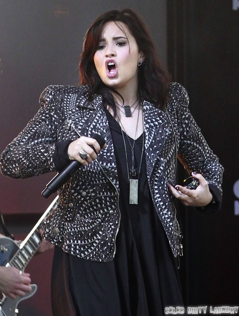 "Demi Lovato Insults Miley Cyrus - Hits Out Against ""Twerking"""