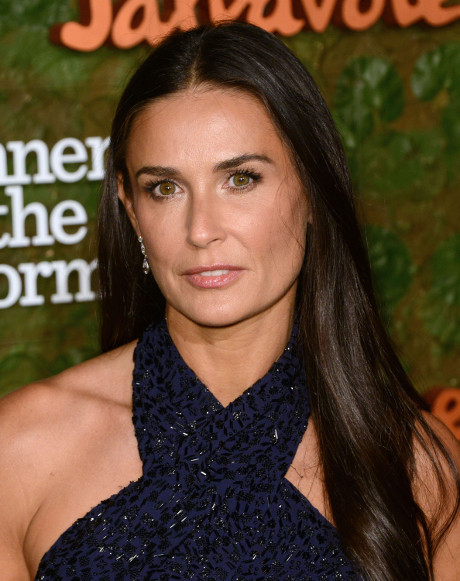 Demi Moore Devastated by Ashton Kutcher and Mila Kunis' Pregnancy: Braces for Emotional Collapse!