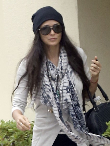 Demi Moore Using Astrologer To Map Out Her Life Post Ashton Kutcher 0603