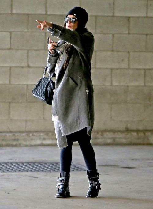 Jennifer Aniston Converts To Kabbalah Under Demi Moore's Influence - Report