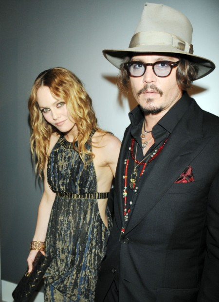 Johnny Depp Obsessed With Amber Heard, Ignoring Vanessa Paradis' Demands 0709