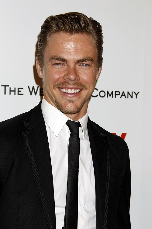 Derek Hough Quits Dancing With The Stars - Moves To NYC To Live Open Gay Lifestyle?