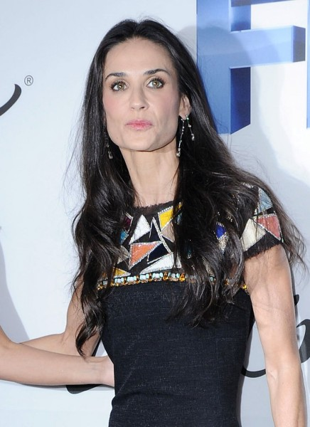 More Bizarre Behavior From Drunk Demi Moore, Should Someone Step In? 1207