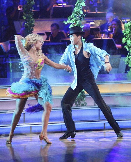 Roshon Fegan Dancing With The Stars Paso Doble Performance Video 5/7/12