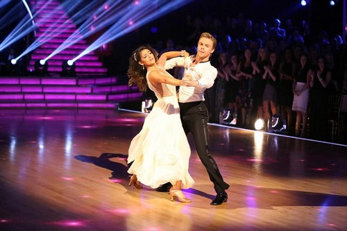 Dancing With The Stars Season 19 Finale 2014: Who Will Take Home The Mirror Ball Trophy? (POLL)