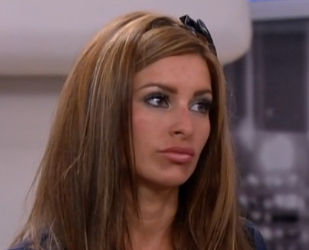 Amanda Zuckerman Forces Aaryn Gries To Slap Elissa Slater - Big Brother 15 Bullying and Violence Continues