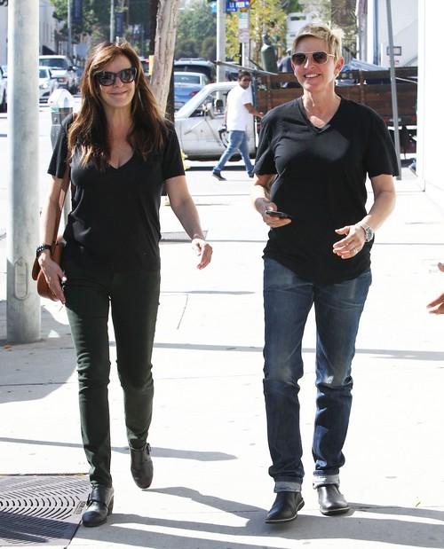 Ellen DeGeneres Cheating and Divorce Rumors Led To Portia de Rossi Rehab
