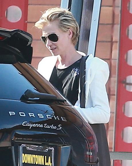 Ellen DeGeneres Getting Plastic Surgery: Portia de Rossi Divorce And New Girlfriend?