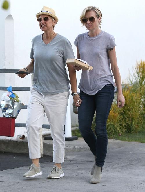 Ellen Degeneres Divorce Renewing Wedding Vows With Portia