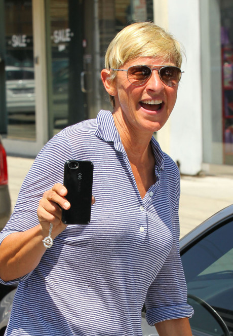Ellen DeGeneres Undergoing Major Plastic Surgery Before 2014 Oscars Gig?