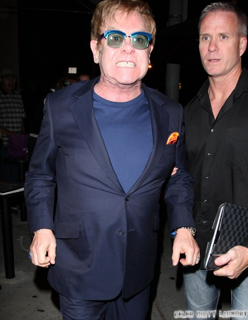 Elton John F Bomb Fight With Photogs and Paparazzi at Craig's Restaurant - (VIDEO)