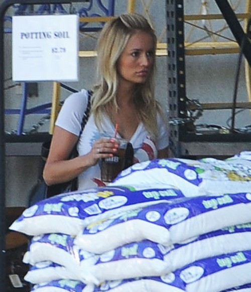 """Emily Maynard Dating """"Nick"""" - New Boyfriend Says He's Embarrassed Of Reality Star's Past"""