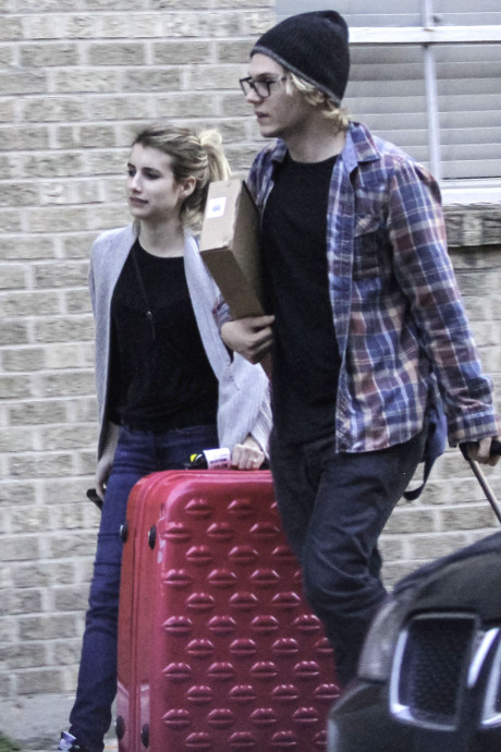 Emma Roberts and Evan Peters Engaged - Actor Reportedly Proposes with Brilliant Ring!