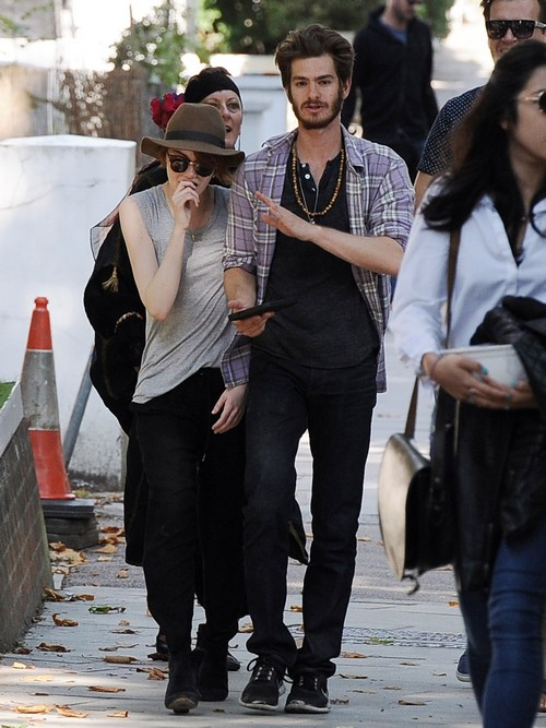 Andrew Garfield And Emma Stone Getting Engaged and Married