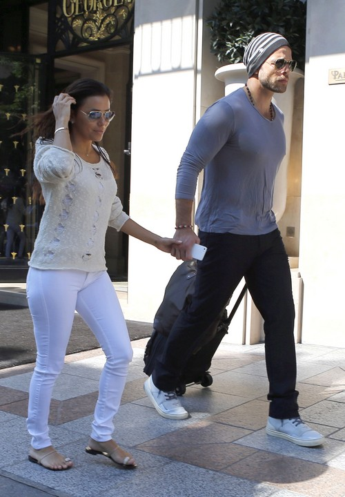 Eva Longoria Chose Reality Star Over George Clooney, Didn't Want To Sign Relationship Contract - BS or Fantasy?
