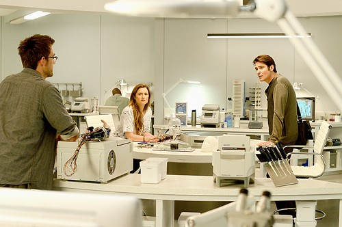 "Extant Recap 8/20/14: Season 1 Episode 7 ""More in Heaven and Earth"""