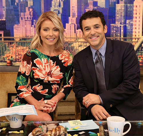 Kelly ripa blocks fred savage from being live co host wants