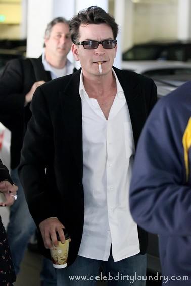 Charlie Sheen's Near Fatal Drug Binges Turn Him Into A Nitro Popper!