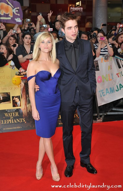 Reese Witherspoon Out Sizzles Roberta Pattinson at The UK Premiere of 'Water for Elephants' - Photos