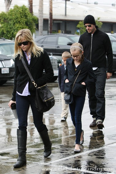 Reese Witherspoon and Her Fiance Take her Children To Church