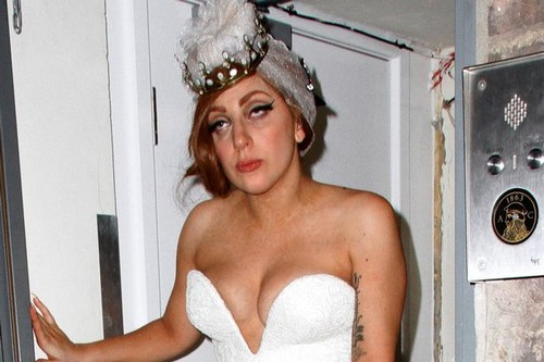 Lady Gaga's Drug Addicted War On Christina Aguilera - Bribed Radio Stations Not To Play Bionic?
