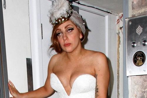 Lady Gaga's Drug Addicted War On Christina Aguilera - Bribed Radio Stations Not To Play Bionic?