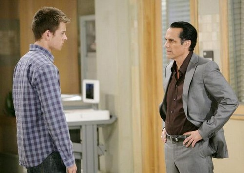 General Hospital Spoilers May 2014: GH Nurse's Ball Surprise Guest - Shocking Arrest by the PCPD - Luke Spencer's Evil Imposter