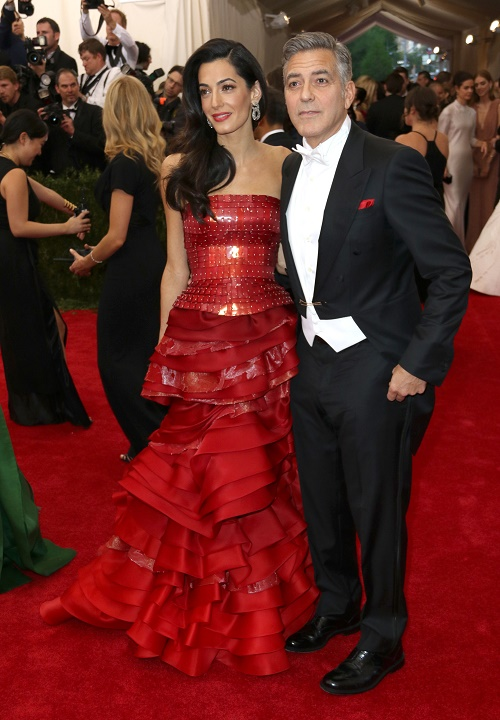 George clooney orce amal alamuddin looks down on george for