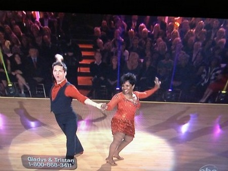 Gladys Knight Dancing With The Stars Samba Performance Video 4/16/1